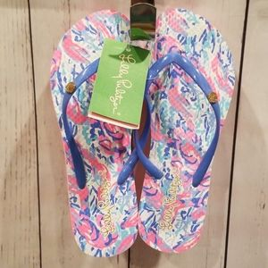 """NWT Lilly Pulitzer """"Cosmic Coral"""" Pool Flip Flops!"""